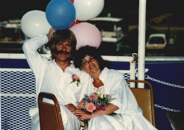 Wedding pic with balloons